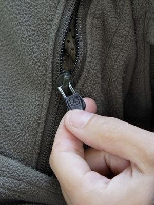 Zipper Plugs