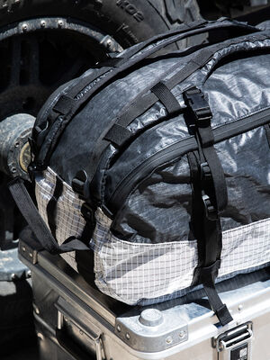 Axis Expedition Duffel SE :  LS21/D40X Silver