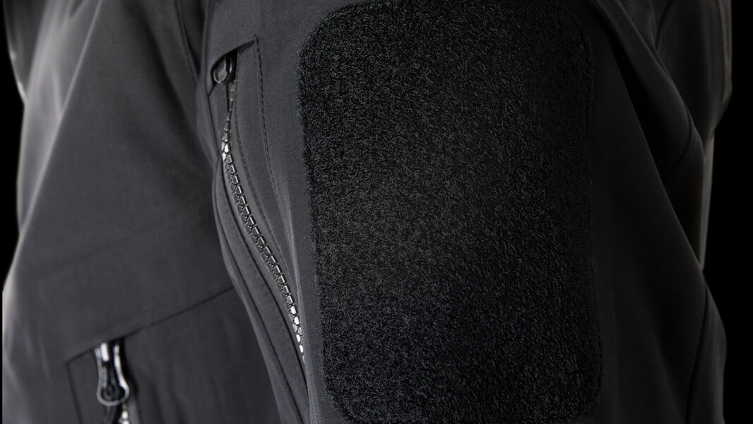 Bicep Pockets