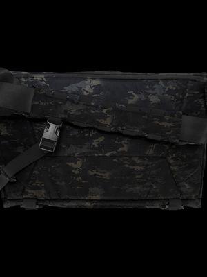 Parallax Messenger Bag 15L Special Edition